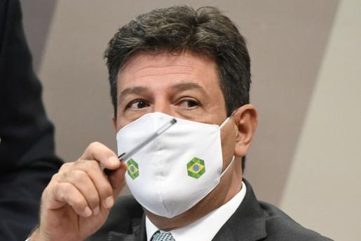 Ex-ministro da Saúde diz que Bolsonaro tentou mudar bula da cloroquina