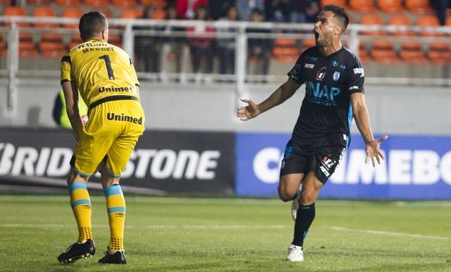 Vídeo: No chile, Grêmio sai na frente, mas leva virada do Iquique