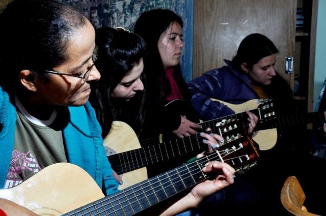 Atividades de cinco oficinas culturais têm início em São Miguel  do Oeste