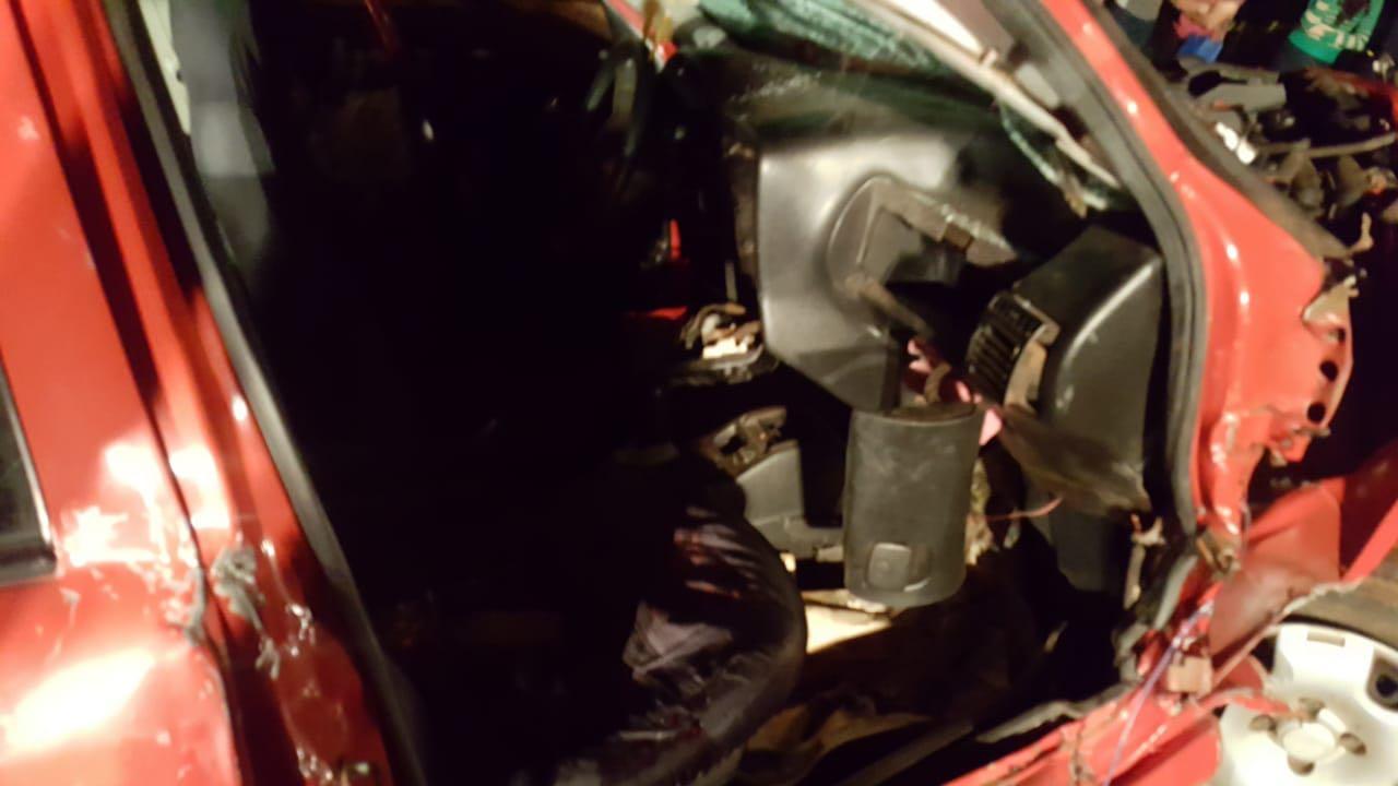 Colisão frontal deixa três feridos na SC 163 em Descanso