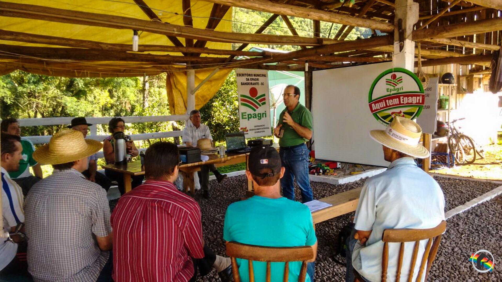 Cerca de 20 famílias participam de curso oferecido pela Epagri em Bandeirante