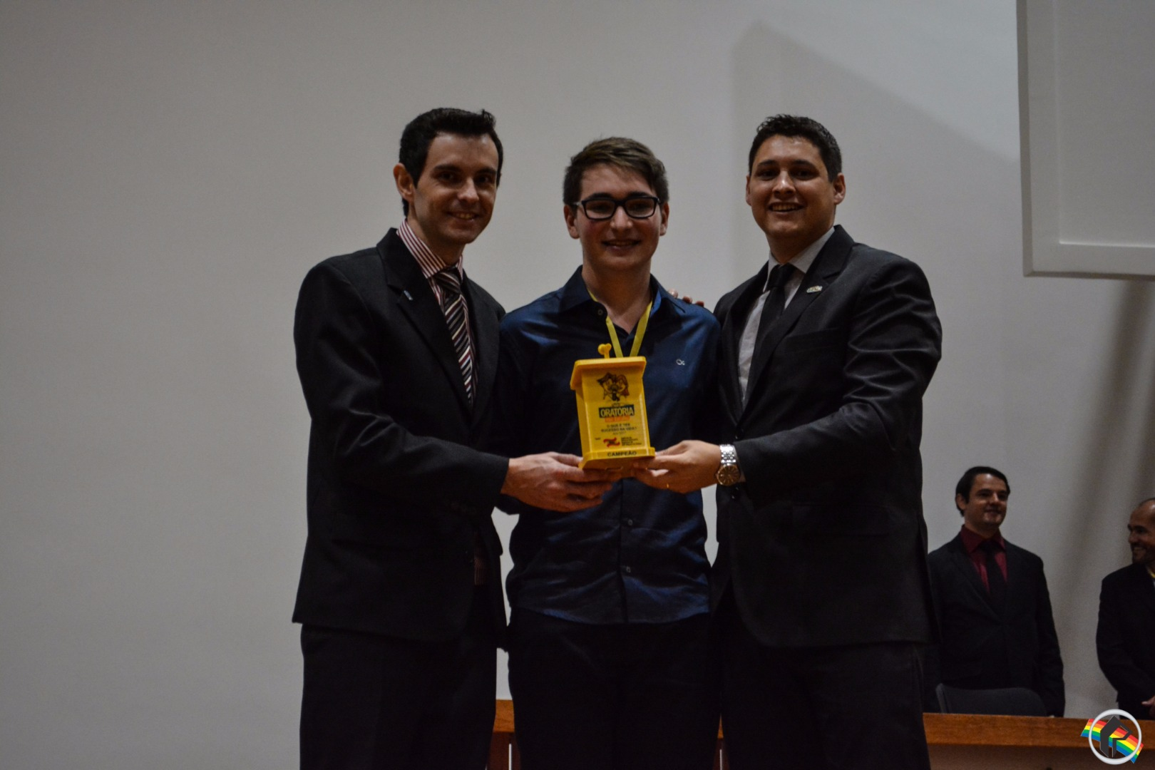 VÍDEO: Alunos do Colégio JMJ vencem o Concurso de Oratória da JCI