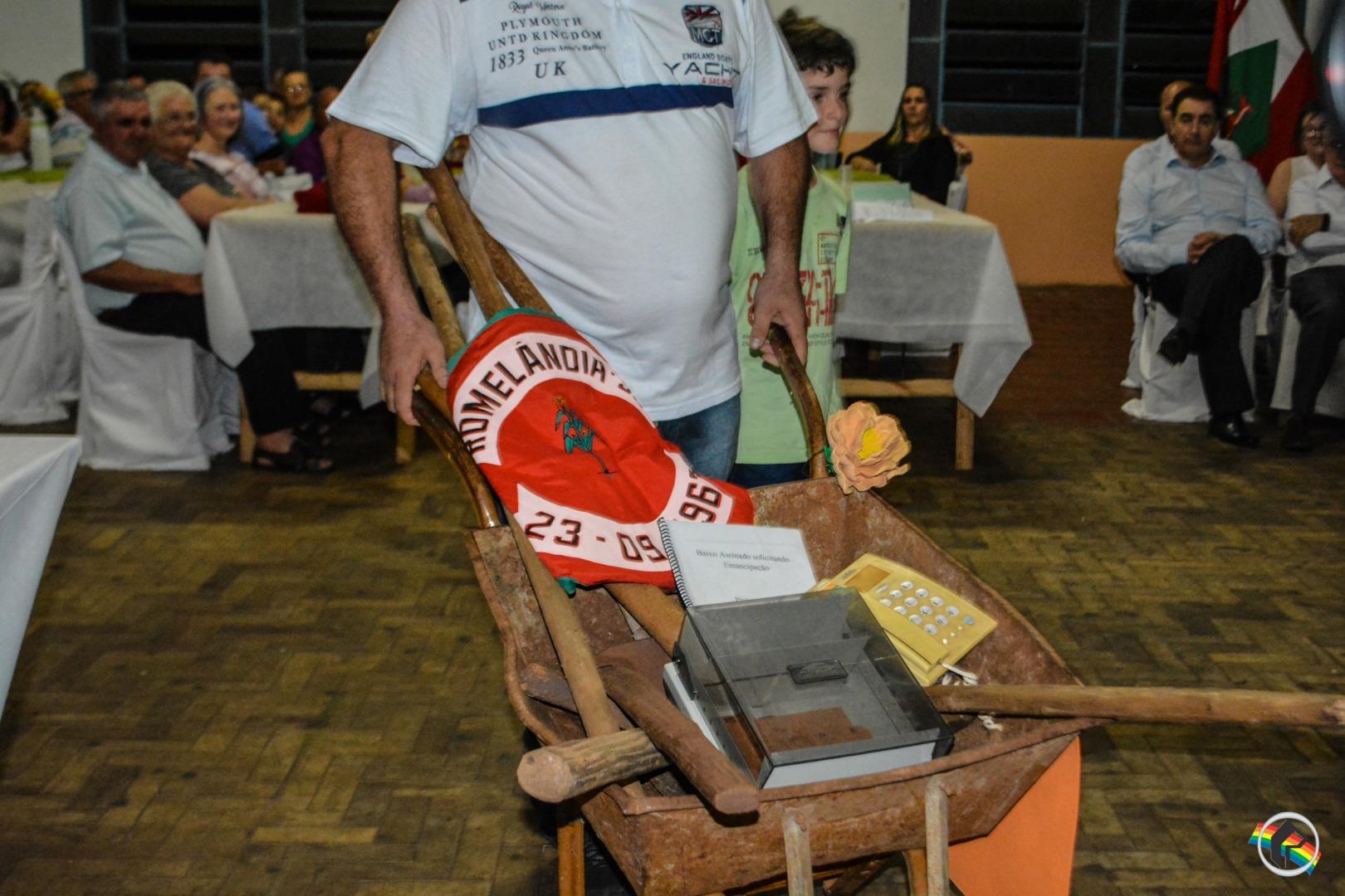 Romelândia homenageia ex-prefeitos, ex-vice-prefeitos e ex-vereadores