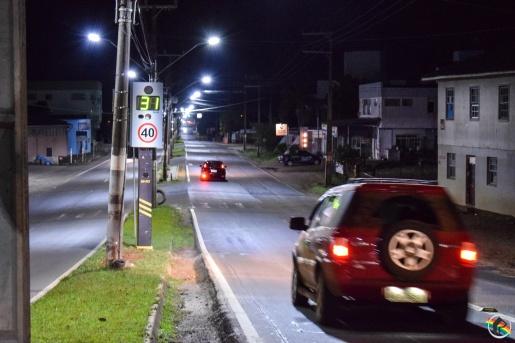 VÍDEO: Lombadas eletrônicas entram em funcionamento no município