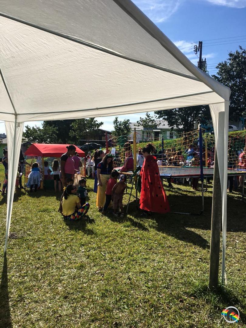 Igreja Evangélica Quadrangular realiza Bazar Solidário no município