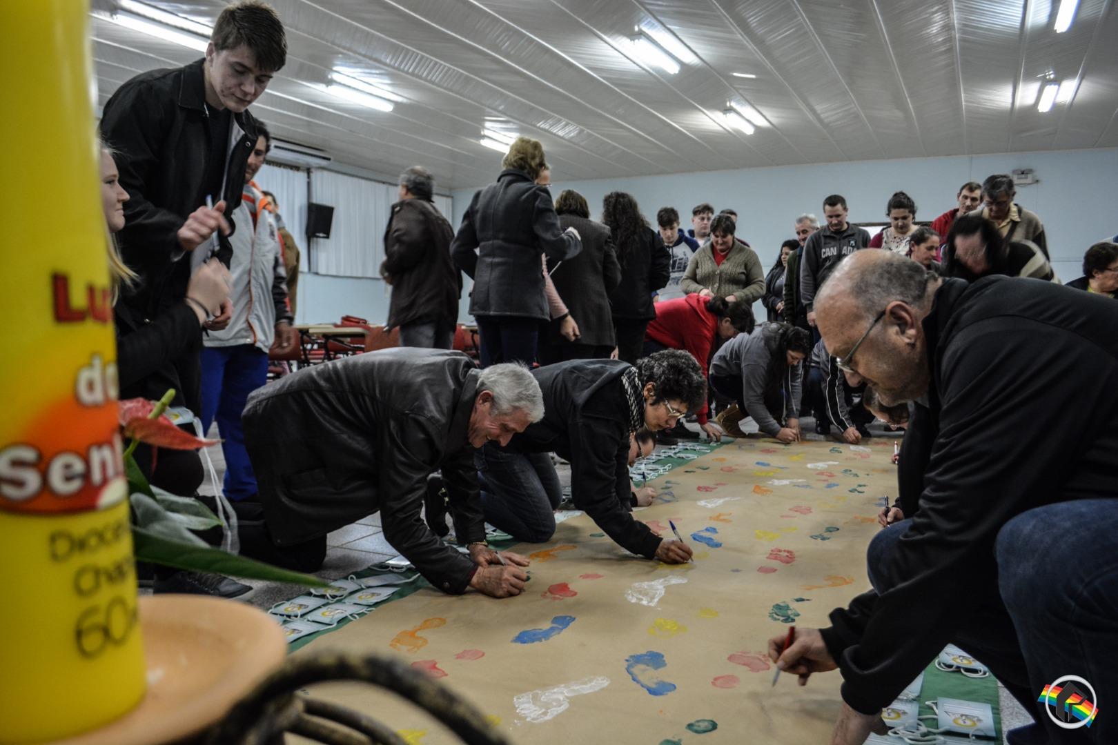 Paróquia realiza formação de missionários das Santas Missões Populares