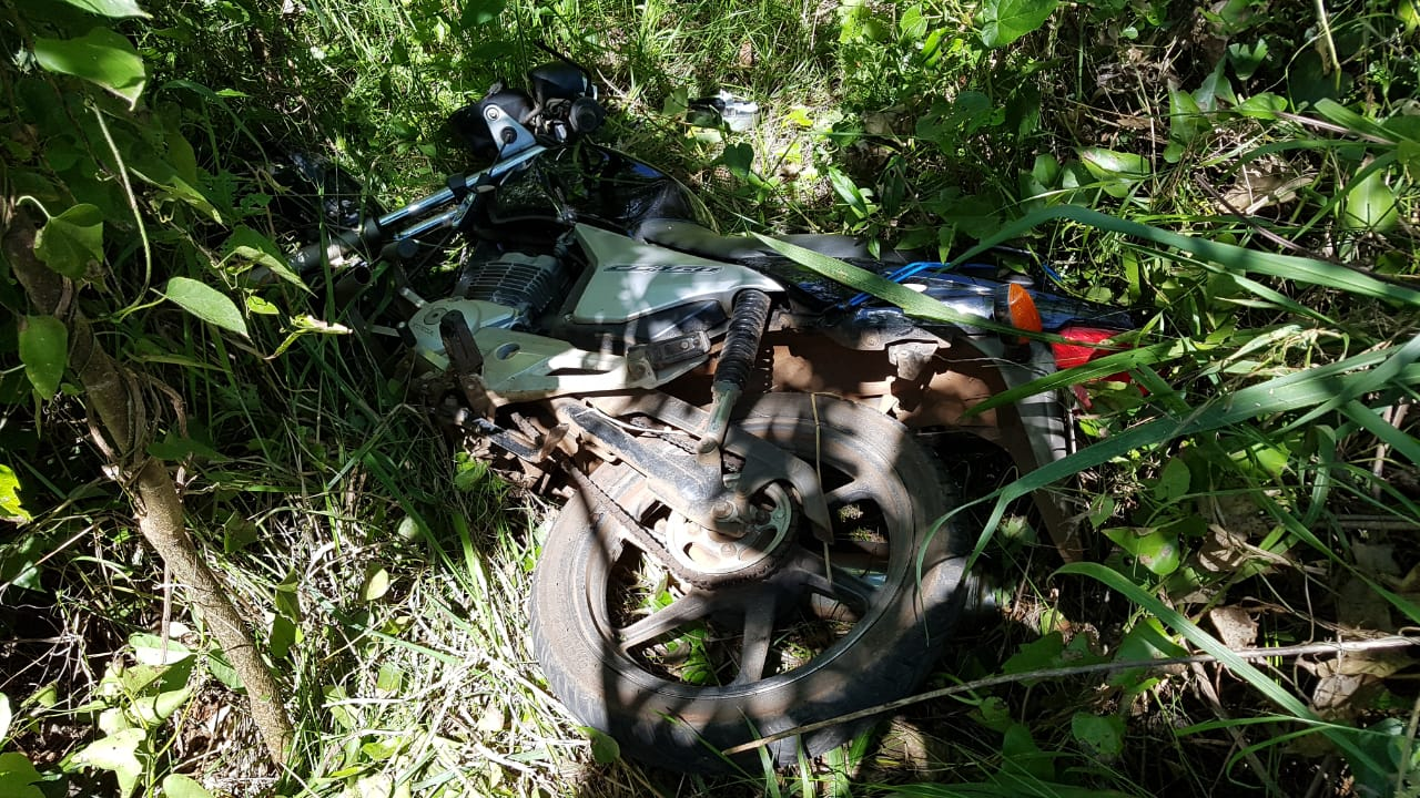 Ultrapassagem irregular provoca acidente na BR-163