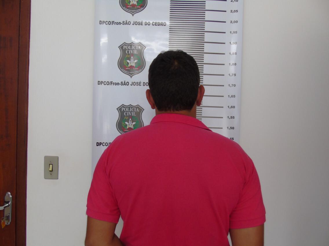Acusado de agredir mulher a facadas em São José do Cedro é preso