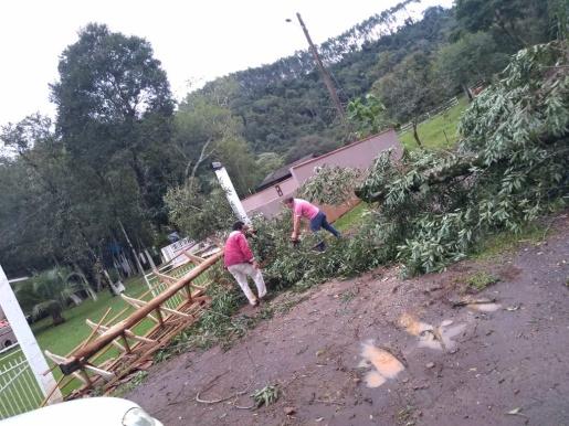 Fotos: Estragos causados pelo temporal em Descanso