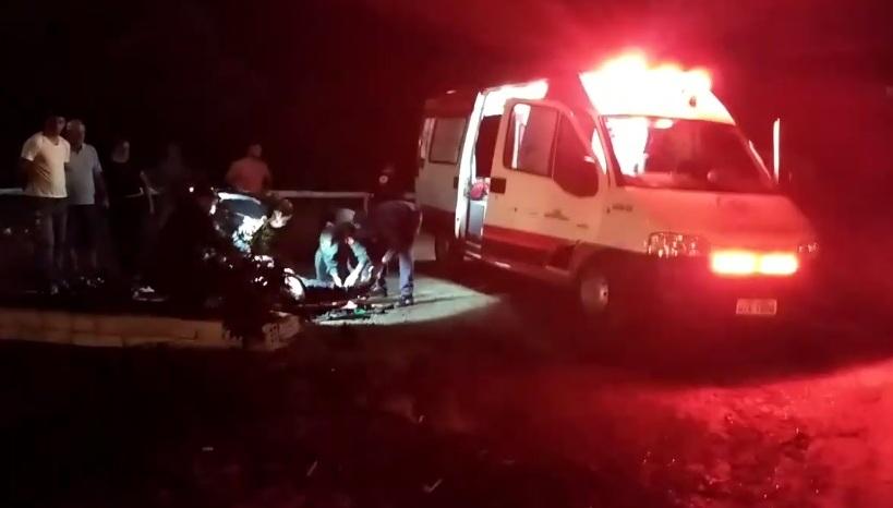 Cavaleiro fica ferido e cavalo morre em atropelamento na BR-163