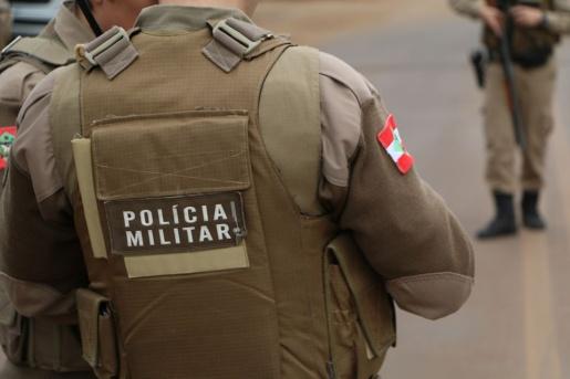 Homem com mandado de prisão por homicídio do Ceará é preso pela PM em Guaraciaba
