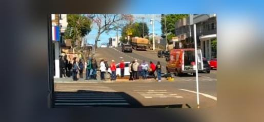 VÍDEO: Câmera flagra acidente na Marcílio Dias