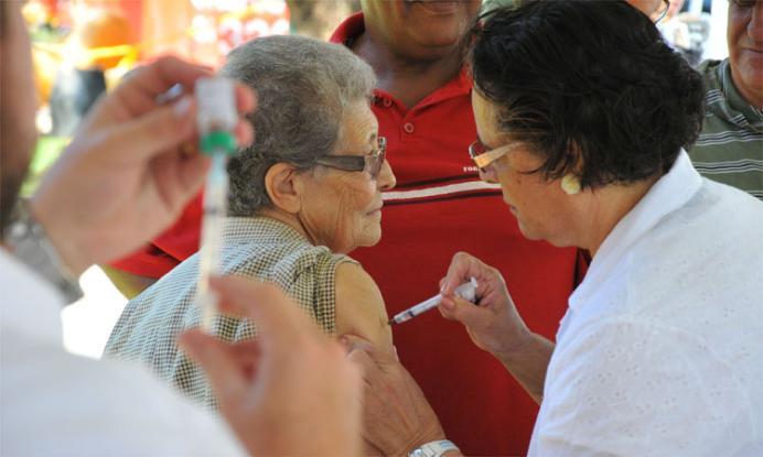 Mais de 115 mil catarinenses foram imunizados no dia D de vacinação contra gripe