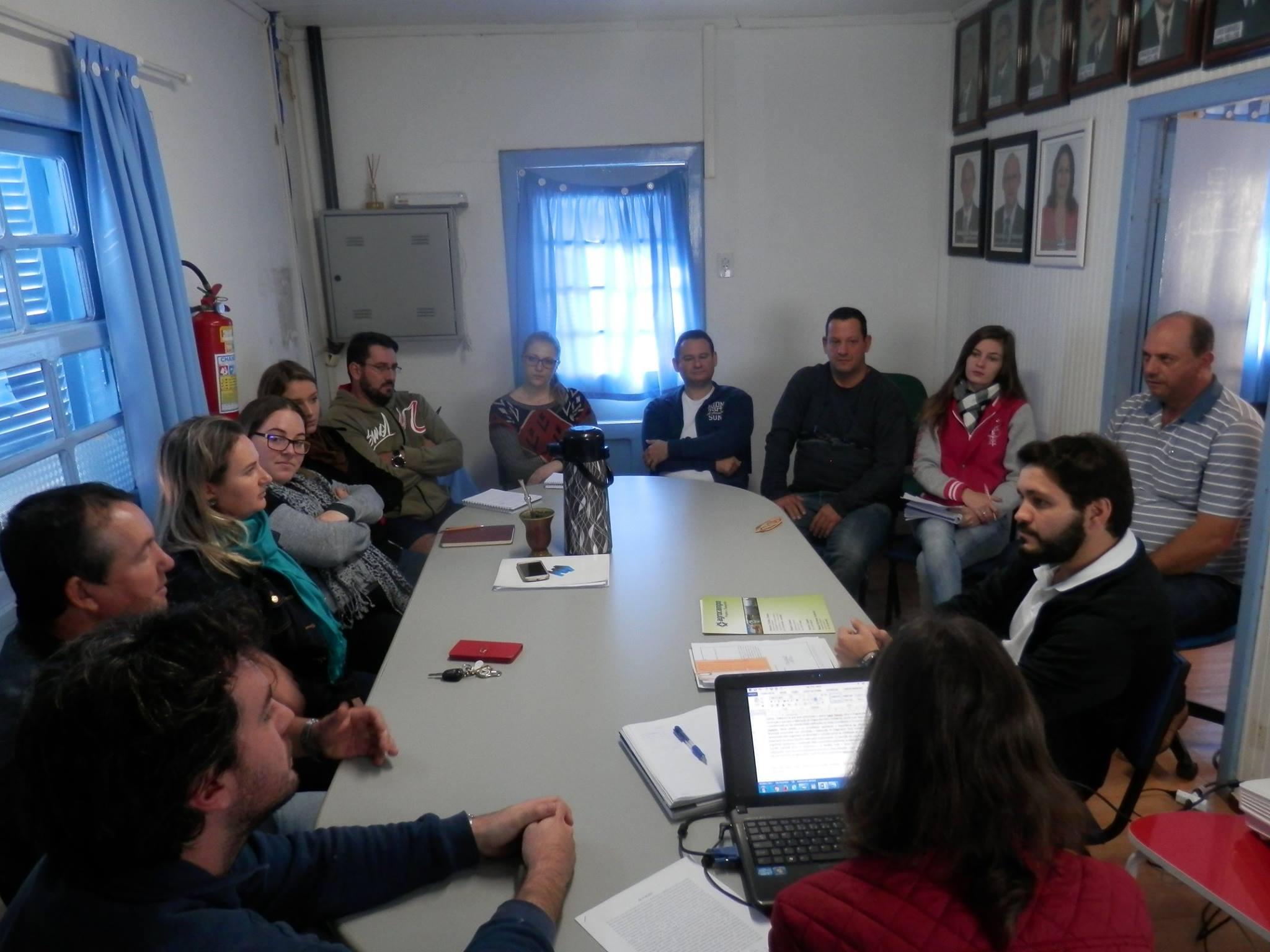 Conselho de desenvolvimento local debate melhorias em Anchieta