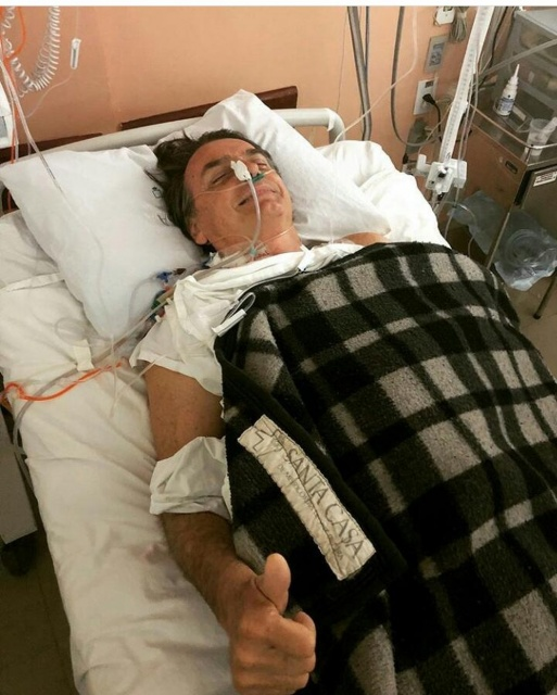Vídeo mostra Bolsonaro em hospital após cirurgia; ASSISTA