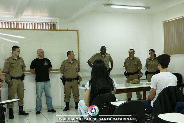 Polícia Militar inicia formação de novos agentes temporários