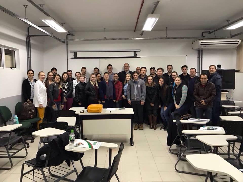 Fiscais Médicos Veterinários participam de capacitação do CONSAD