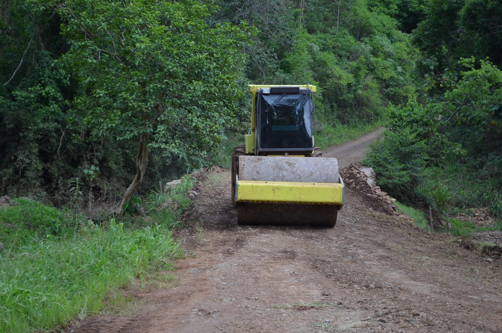 Estradas do interior de Guaraciaba recebem melhorias