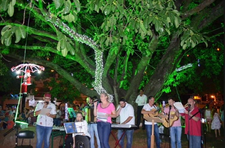 Guaraciaba define data para abertura do Natal Luz