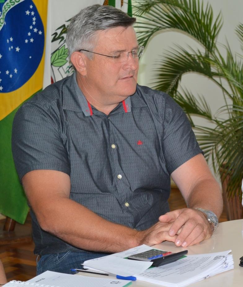 Prefeitura de Tunápolis suspende serviços particulares