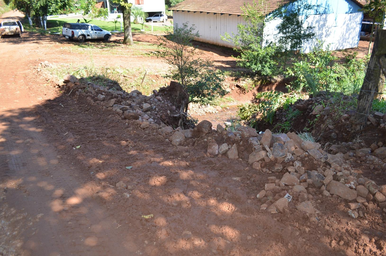 Estradas do interior recebem reparos devido às fortes chuvas