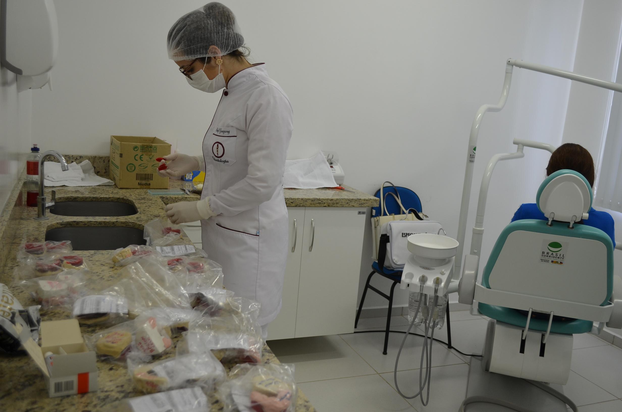 Programa de próteses dentárias é retomado no município