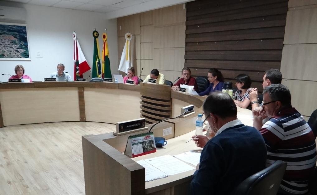 Câmara aprova reajuste aos servidores públicos de São  José do Cedro