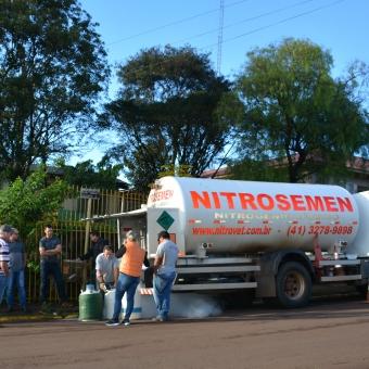 Agricultores recebem nitrogênio por meio do Programa de Melhoramento Genético