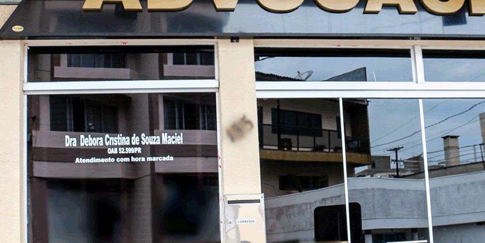 Advogada que possui escritório em Barracão é presa após denúncia de clientes