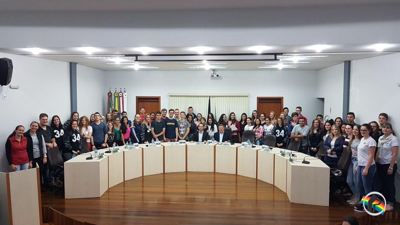 Itapiranga tem novo prefeito em exercício