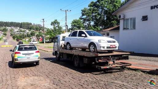 Polícia Civil elucida assalto a taxista e prende autores