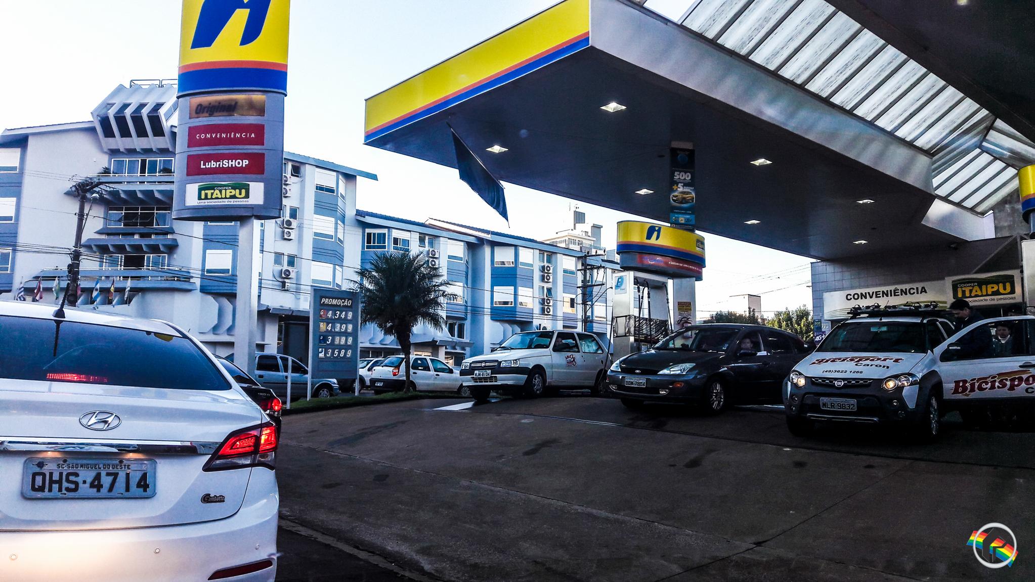 Apenas três postos ainda têm gasolina em São Miguel do Oeste
