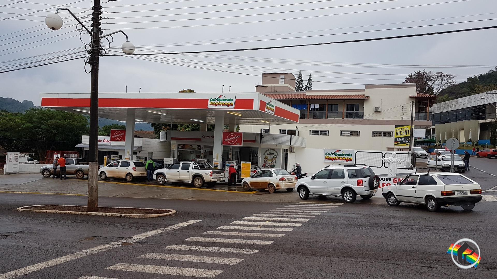 Postos de Itapiranga recebem combustíveis