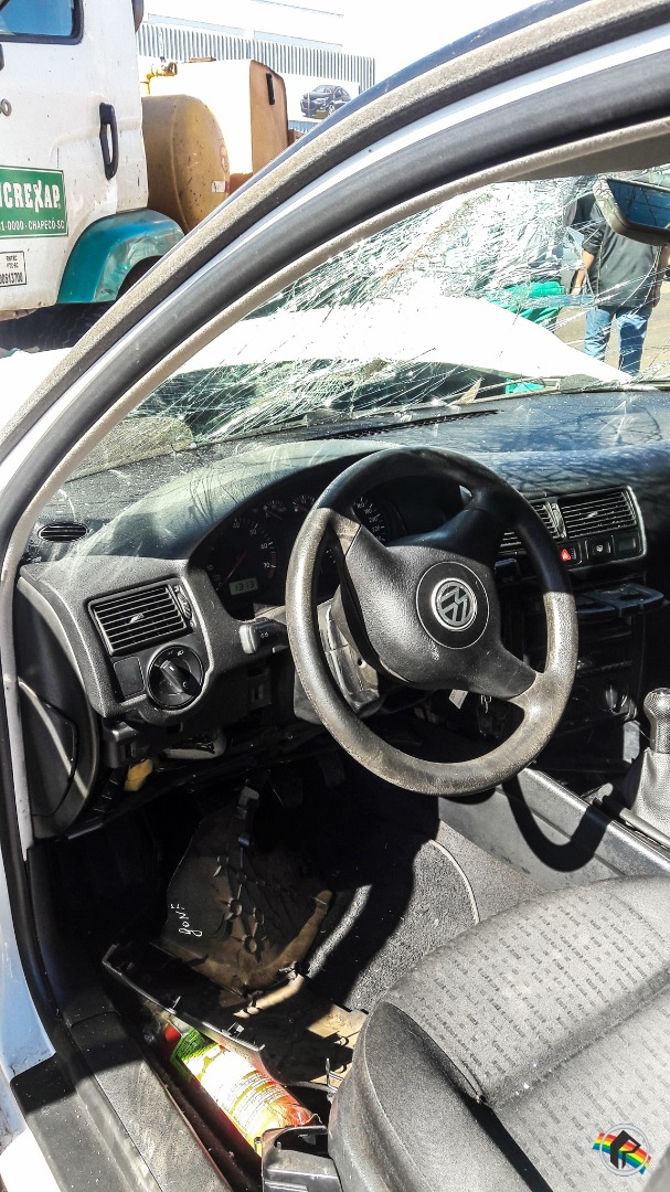 VÍDEO: Acidente na Willy Barth deixa motorista ferido