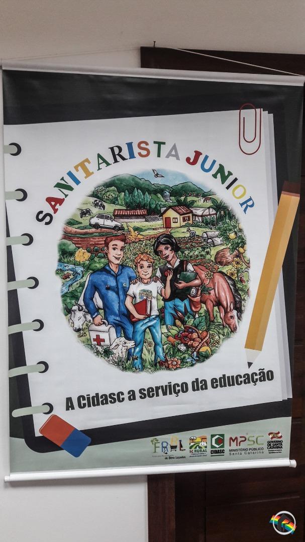 Projeto Sanitarista Junior leva informações sobre defesa sanitária animal e vegetal