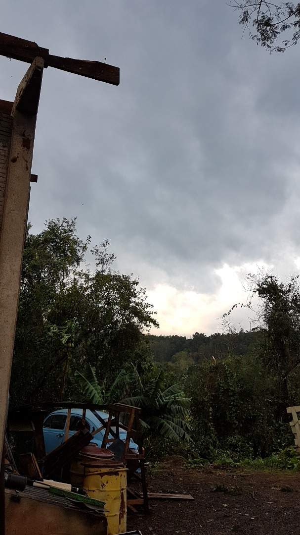 Vendaval causa prejuízos durante a madrugada em Itapiranga