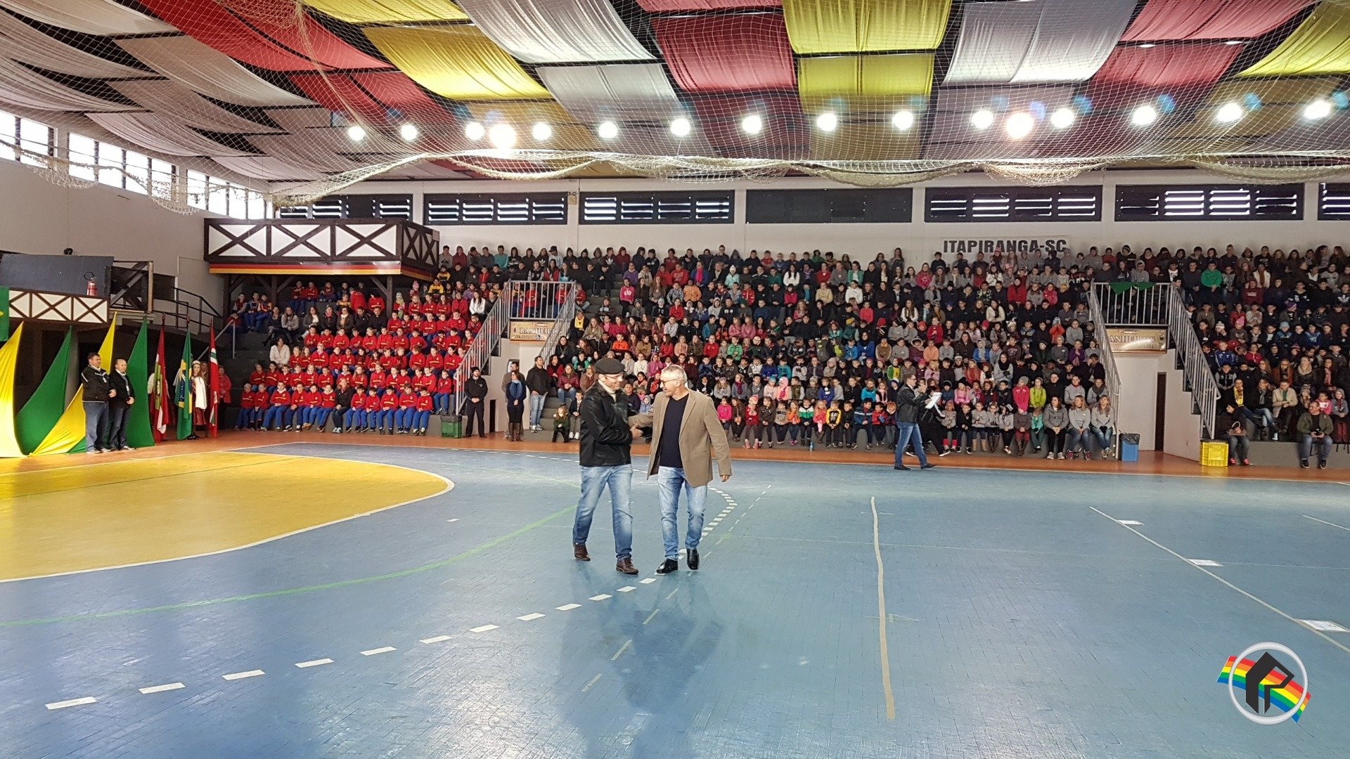 Mais de mil crianças participam dos jogos do Programa Cooper Jovem