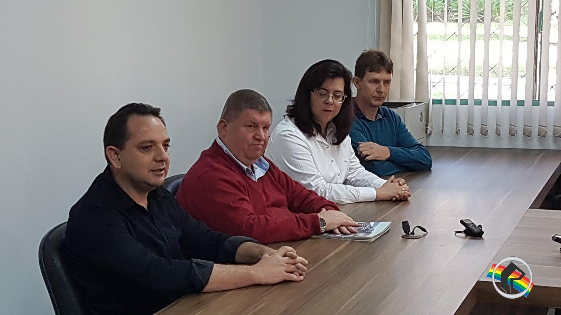 Prefeito sanciona leis que possibilitam emissão de alvará de construção na APP do Rio Uruguai