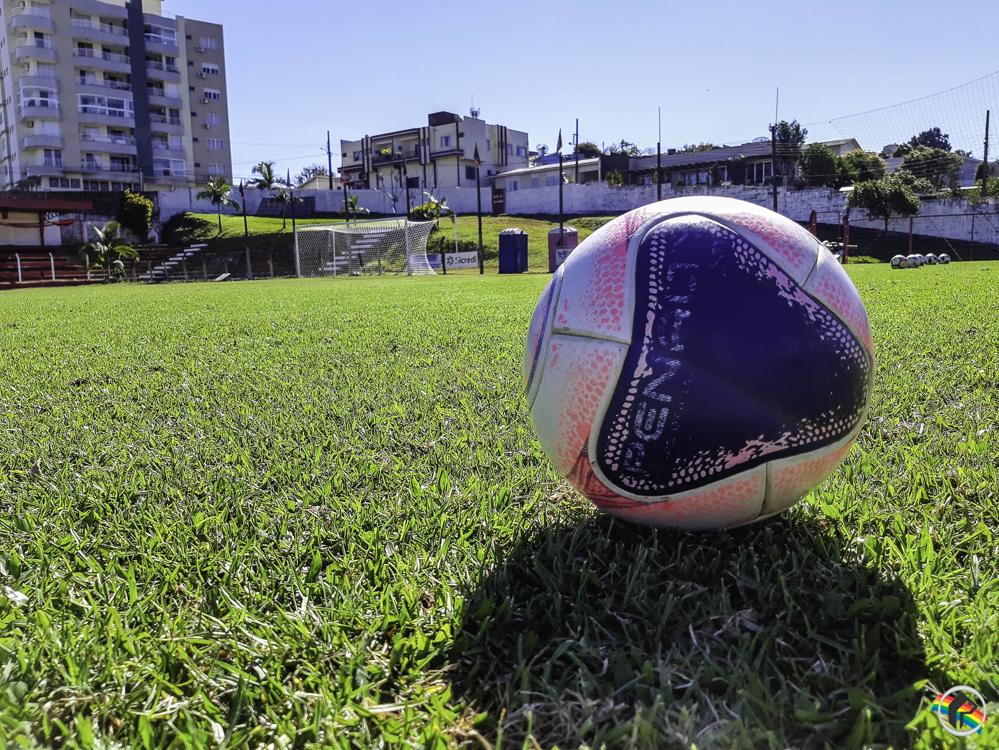 Peperi transmite jogo de ida da final do municipal de futebol