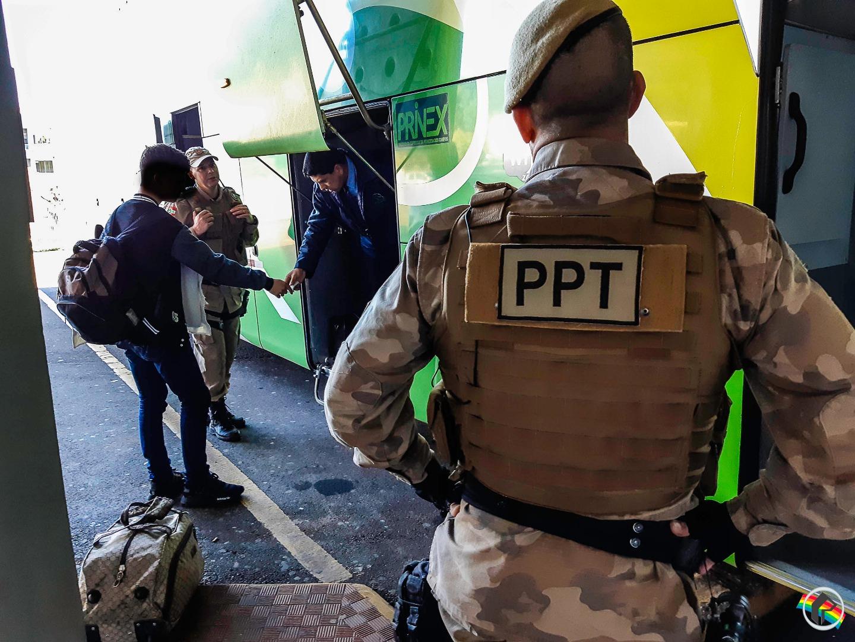 Polícia Militar realiza a Operação Rota Oeste