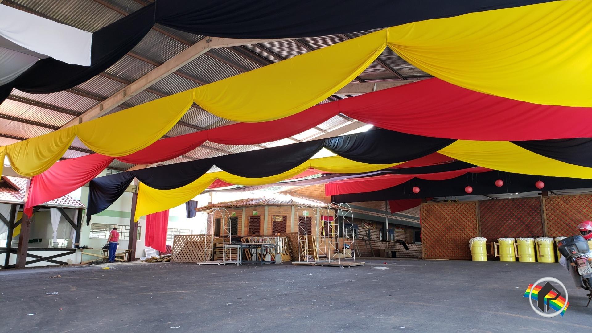 Prefeitura trabalha nos preparativos finais para a 40ª Oktoberfest na cidade