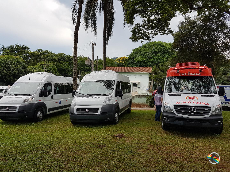 Secretaria de Saúde Itapiranga recebe van com equipamento para cadeirantes
