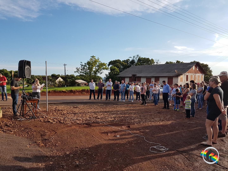 Asfalto em Pitangueira interior de Tunápolis é inaugurado