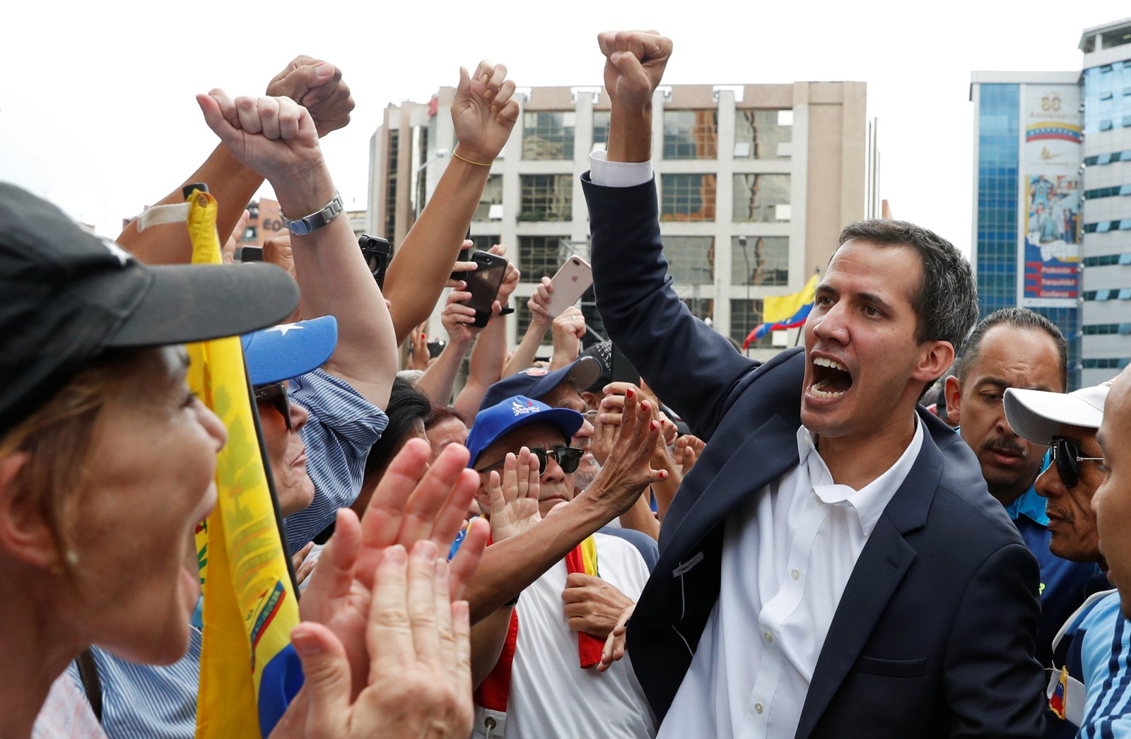 Brasil e EUA reconhecem Juan Guaidó como presidente da Venezuela