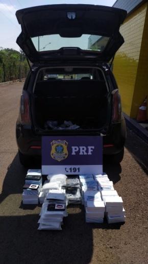 PRF apreende eletrônicos escondidos em veículo na BR-282