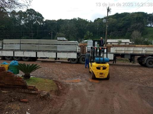 Defesa Civil de Santa Catarina repassa materiais aos municípios