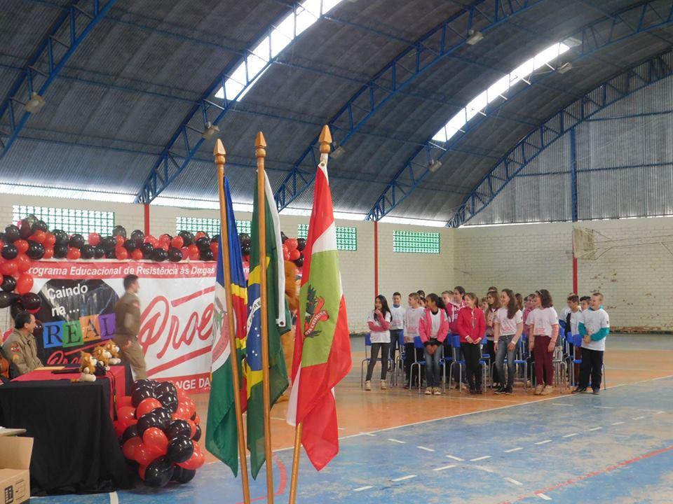Proerd forma cerca de 30 alunos em Barra Bonita