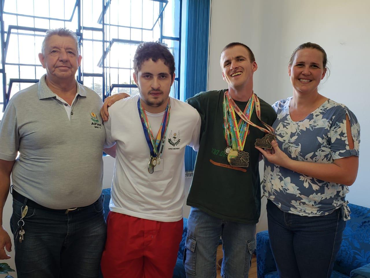 Aluno da APAE de Mondaí conquista 3º lugar no atletismo das olimpíadas nacionais