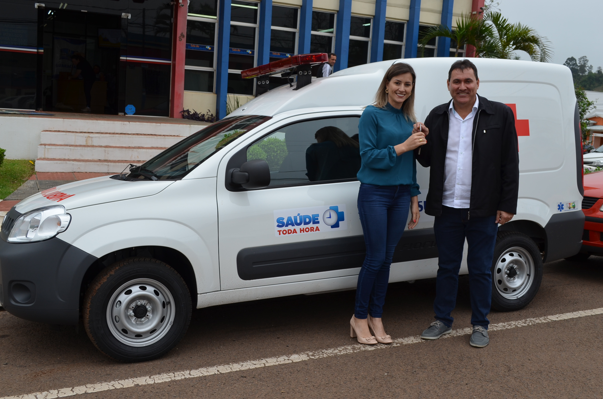 Município de Guaraciaba adquire nova ambulância