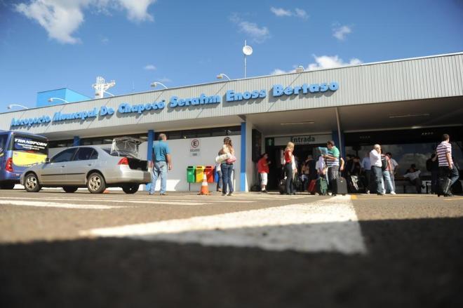Após pane na iluminação, aeroporto de Chapecó volta a funcionar à noite